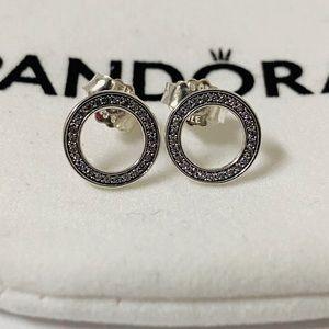 Pandora zircon ear ring